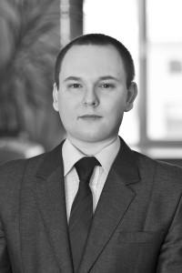8. Piotr Pielesiak Dyrektor Działu Obsługi Szkód i Roszczeń
